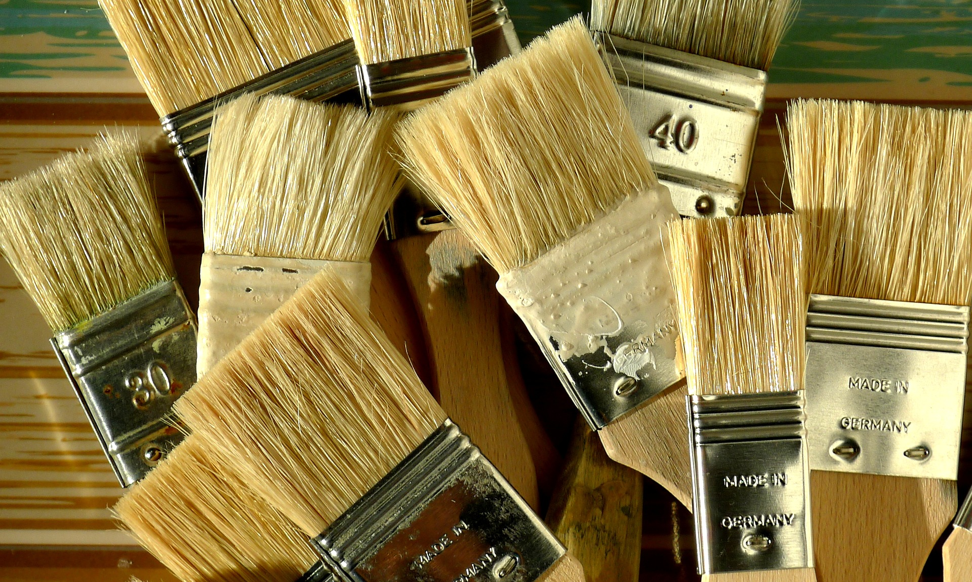 how to clean and store your paint brushes